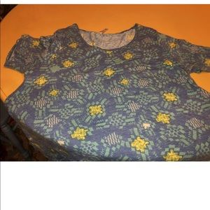 LuLaroe 3X shirt.  Blue and yellow